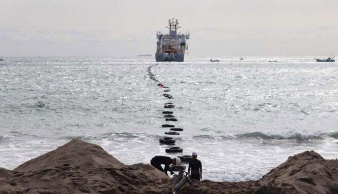 総延長は地球30周分! 日本と世界の国際通信をつなぐ『光海底ケーブル』のヒミツ