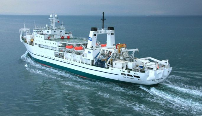 海上から被災地の通信を支援する! 日本初「船舶型基地局」の舞台裏