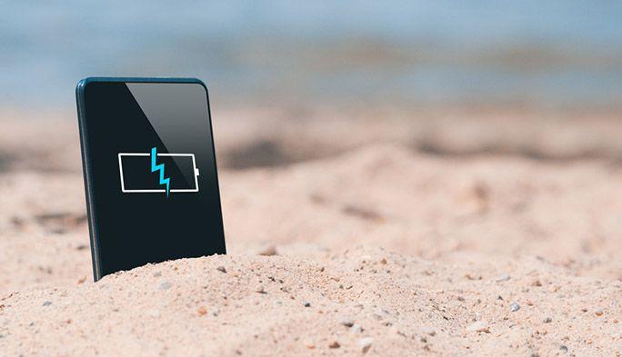 「暑い日はスマホ電池の減りが早い」は都市伝説? 電池劣化を防ぐ使い方も
