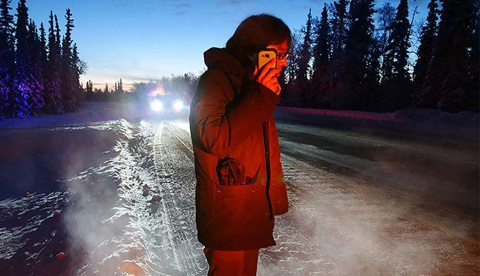 タフネススマホ「TORQUE」は本当にタフか? マイナス20℃のアラスカで使い倒す!
