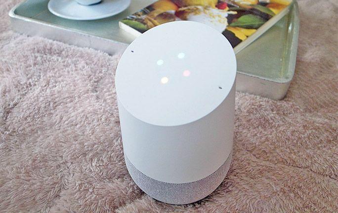 本当に便利? 結局なにができる? 『Google Home』を1週間使ってみてわかったこと