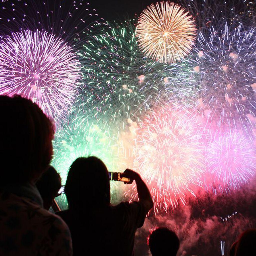 基地局が出張します! フェスや花火大会など大型イベントでスマホがいつも通り使える理由