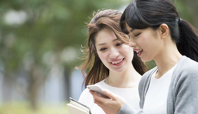 2021年度:18〜22歳のスマートフォン利用実態調査|1日の動画視聴時間は?