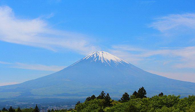 富士山がより安全&快適に! 通信のチカラで登山を変えるKDDIの取り組みとは